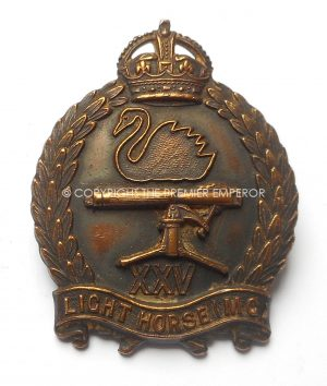 AUSTRALIAN 25th LIGHT HORSE MACHINE GUN REGIMENT CAP BADGE 1930-42.