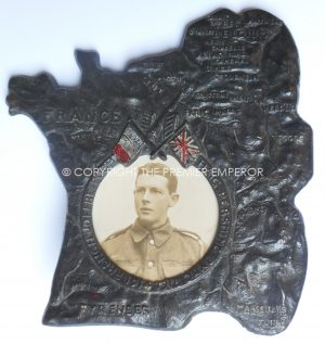 GREAT WAR 1914/1918 SERVICE PICTURE FRAME/WESTERN FRONT FRANCE.