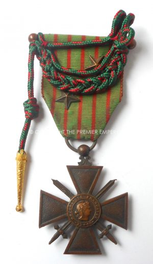 FRANCE. CROIX DE GUERRE 1914-1917 WITH  FOURRAGERE & 2 BRONZE STARS