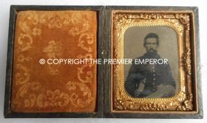 American Civil War Tin Type photograph of a Union Soldier complete in its original case.Circa.1861/65
