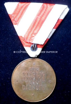 Austria. Republic of Austria 40-years Long Service medal in box of issue.