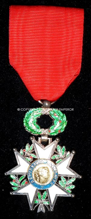 France: Legion D'Honneur, Knight in box of issue.(Modern by Bacqueville).