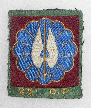 France: 25th D.P. Parachutist cloth insignia.