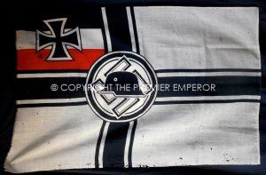 """German: Very Scarce N.S.D.F.B. Nationalsozialistischer Deutscher Frontkämpferbund """"Stahlhelm"""" early Flag/Banner.Circa.1933"""